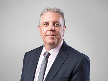 Enzo Kuleschow Business Development Manager